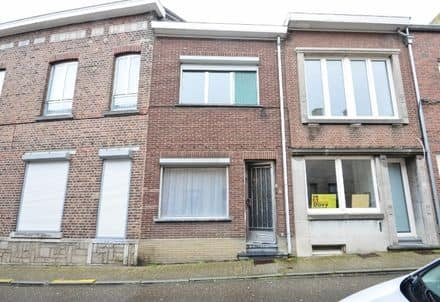 House<span>121</span>m² for rent