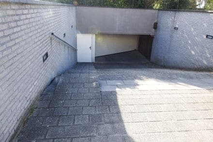 Parking space or garage<span>20</span>m² for rent Koksijde