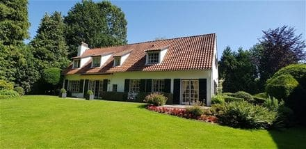 Villa<span>200</span>m² for rent Braine L Alleud