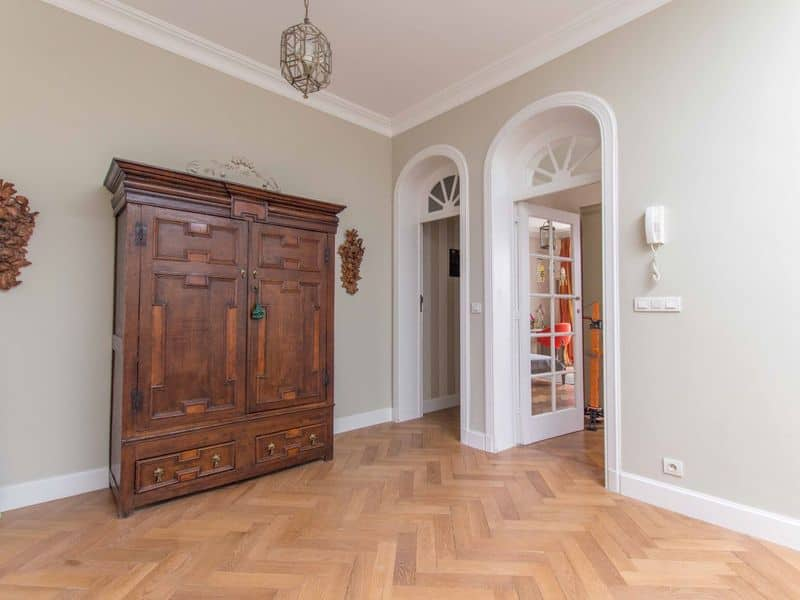 Mansion for rent in Sint Lambrechts Woluwe