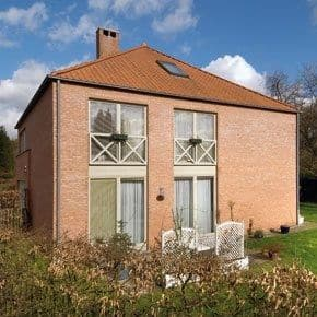 House<span>290</span>m² for rent