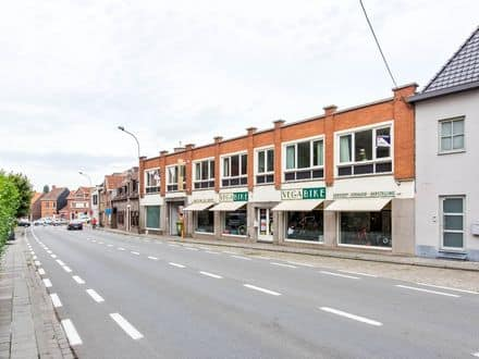 Mixed-use building<span>225</span>m² for rent