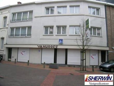Business<span>470</span>m² for rent