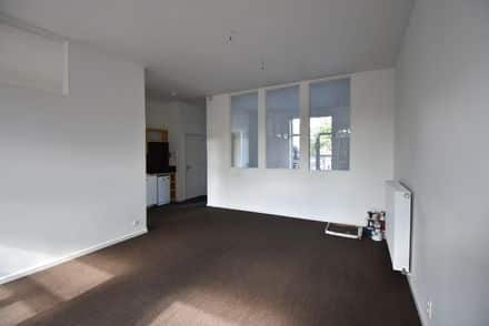 Business<span>75</span>m² for rent
