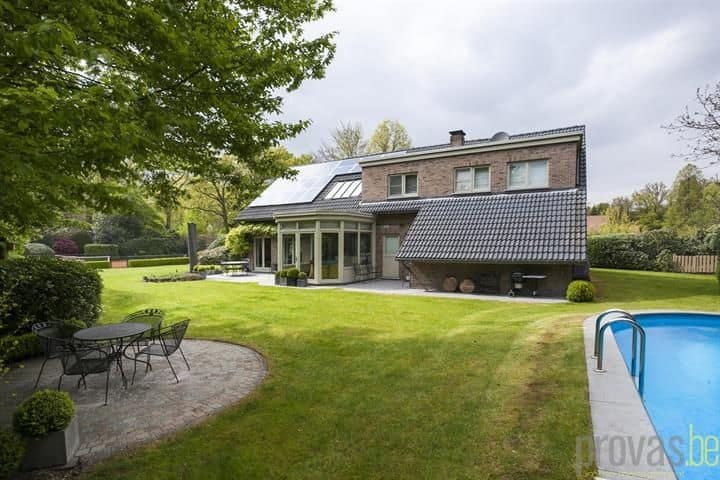 Villa for sale in Kapellen Antw