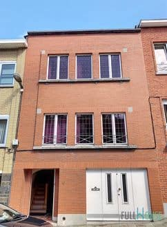 House<span>227</span>m² for rent