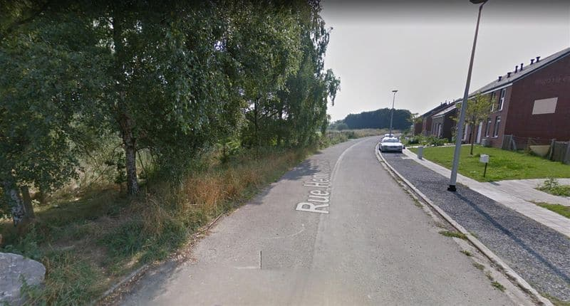 Land for sale in Courcelles