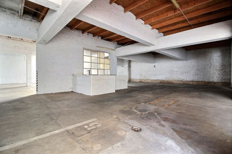 Warehouse for sale in Jette