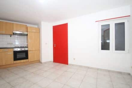 Ground floor flat<span>25</span>m² for rent