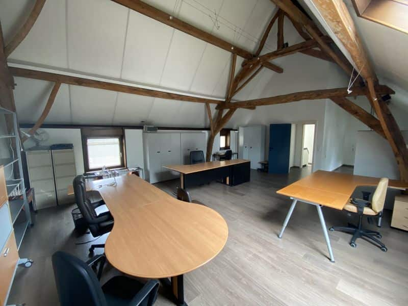 Office for rent in Lasne