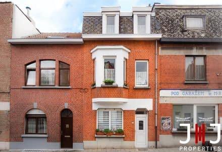 House<span>158</span>m² for rent Evere