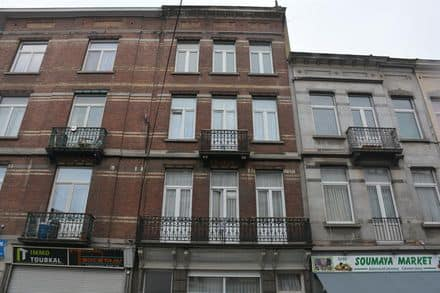 House<span>281</span>m² for rent