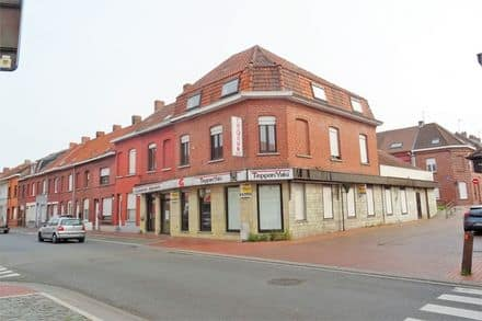 Office or business<span>400</span>m² for rent