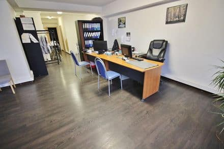 Office or business<span>120</span>m² for rent