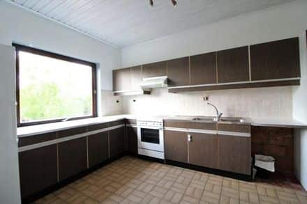 House<span>151</span>m² for rent