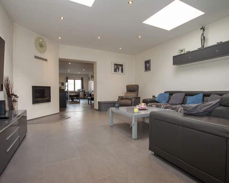 House for sale in Fayt Lez Manage