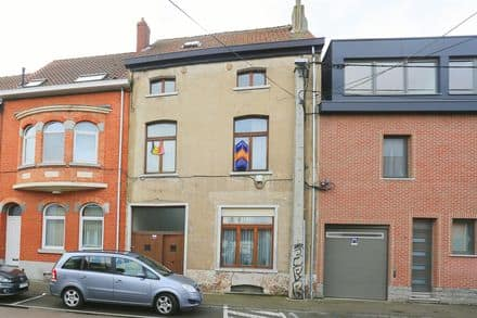 House<span>546</span>m² for rent