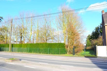 Land<span>625</span>m² for rent Ollignies