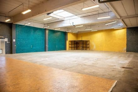 Warehouse<span>406</span>m² for rent