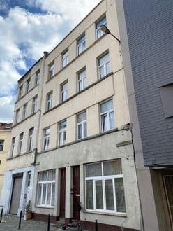 House<span>460</span>m² for rent