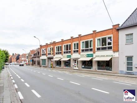Mixed-use building<span>561</span>m² for rent
