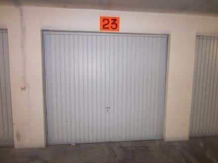 Inside box<span>14</span>m² for rent