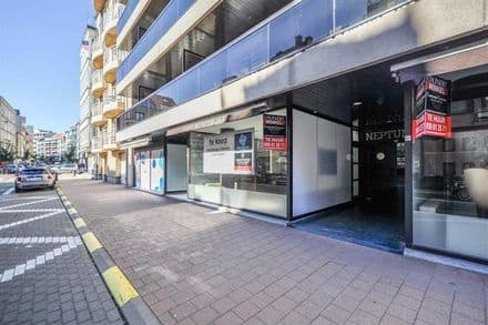 Business<span>137</span>m² for rent