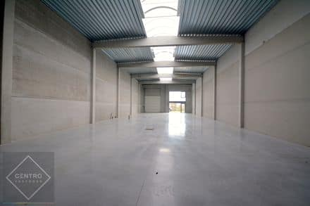 Industrial building<span>460</span>m² for rent