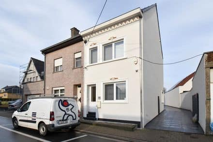 House<span>170</span>m² for rent Asse