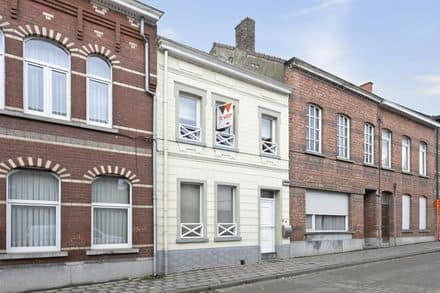 House<span>142</span>m² for rent Aalst