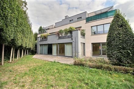 Duplex<span>248</span>m² for rent Sint Pieters Woluwe