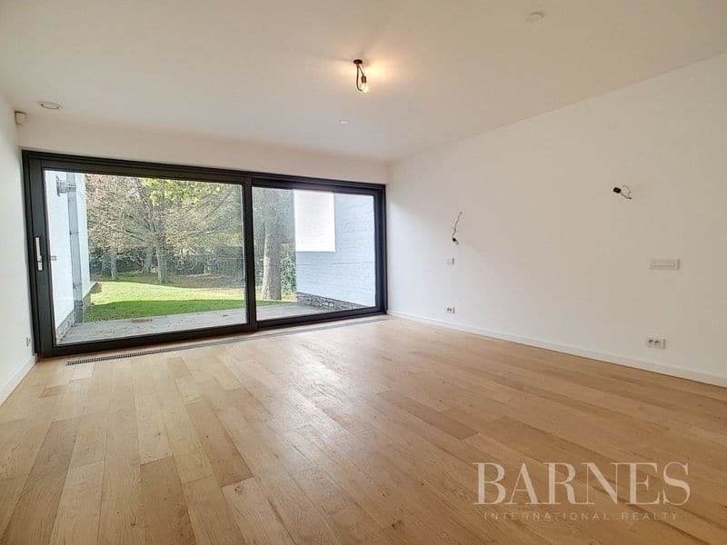Investment property for sale in Genval