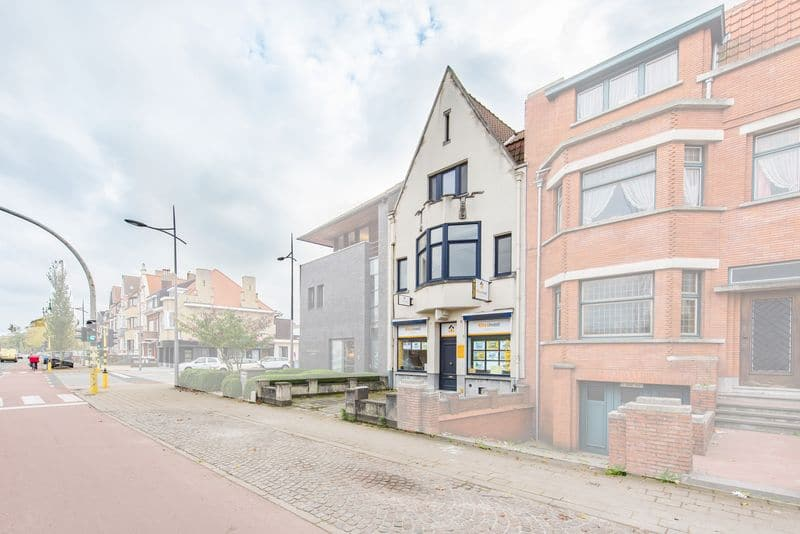Office or business for sale in Brugge