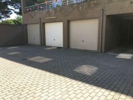 Parking space or garage for rent Wenduine
