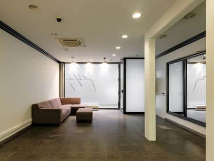 Business<span>120</span>m² for rent