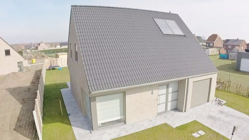 House for sale in Zwevezele