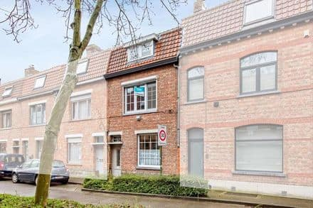 House<span>138</span>m² for rent Sint Andries
