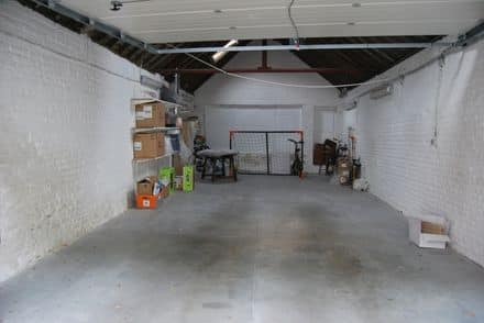 Industrial building<span>48</span>m² for rent