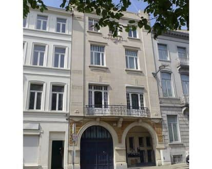 House<span>400</span>m² for rent Brussels