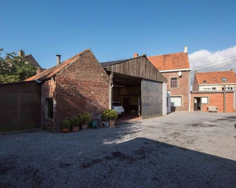 House for sale in Oeselgem