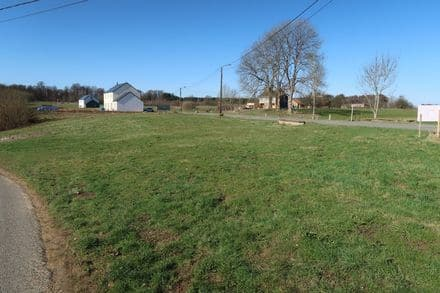 Building land<span>930</span>m² for rent