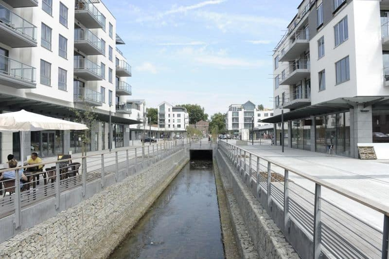 Parking space or garage for rent in Genval