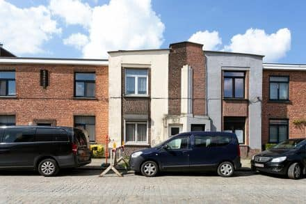 House<span>90</span>m² for rent Wilrijk
