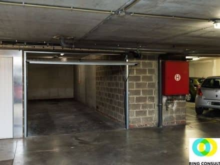 Parking space or garage<span>29</span>m² for rent