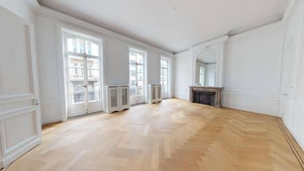 Office or business<span>1767</span>m² for rent Brussels
