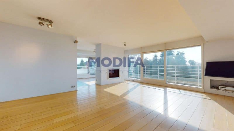 Penthouse for sale in Sint Genesius Rode