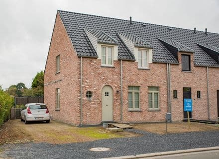 House<span>134</span>m² for rent Vichte