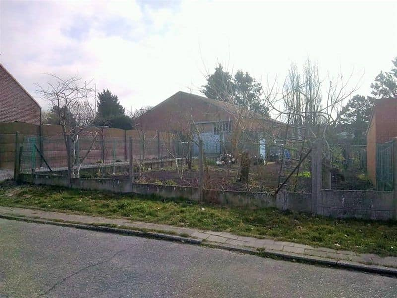 Parking space or garage for sale in La Bouverie