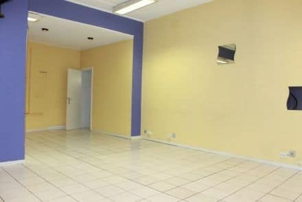 Office<span>121</span>m² for rent
