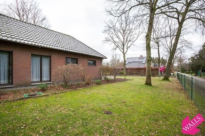 Villa for sale in Zoersel